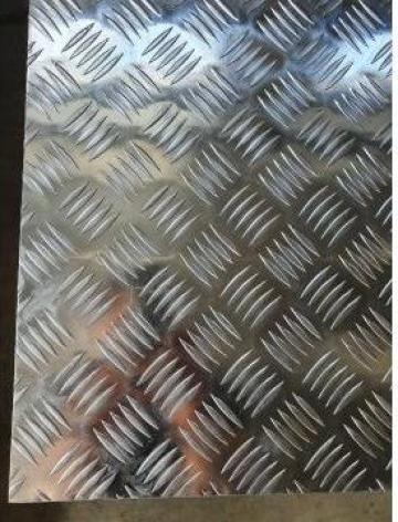 Tabla aluminiu striata 5 bare stea quintett diamond de la MRG Stainless Group Srl