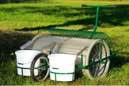 Dispozitive mecanice pentru colectare fructe de la Stelas Distribution SRL