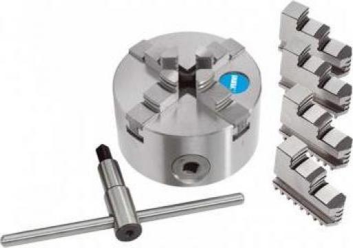 Universal autocentrant cu 4+4 bacuri M449/400 de la Proma Machinery Srl.