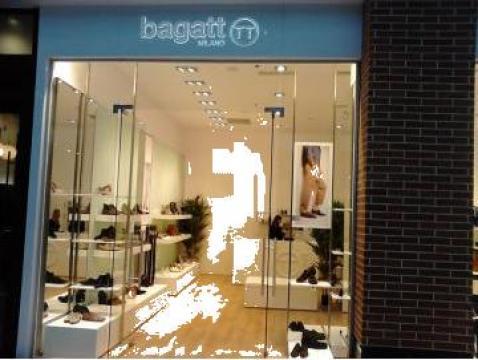 Mobilier si fatada spatii comerciale Bagatt