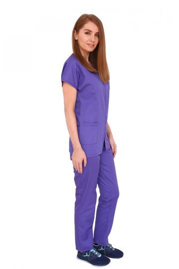 Costum medical mov, cu bluza cu fermoar cambrata de la Doctor In Uniforma SRL