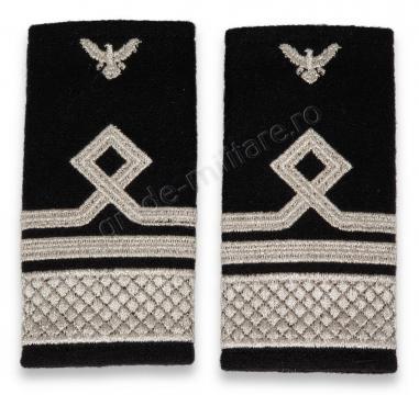 Grade Capitan Comandor IGAV de la Hyperion Trade