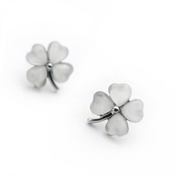 Cercei trifoi din argint Good Luck! de la Luxury Concepts Srl