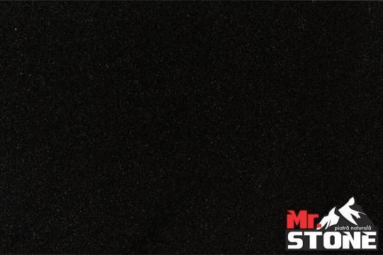 Granit negru absolut lustruit 30,5 x 61 x 1cm de la Antique Stone Srl