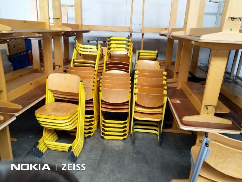Scaun scolar VS - cadru metallic - sezut din lemn