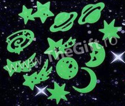 Stickere fluorescente, care lumineaza in intuneric