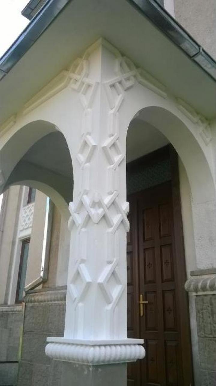 Renovari arhitecturale ale lacaselor de cult