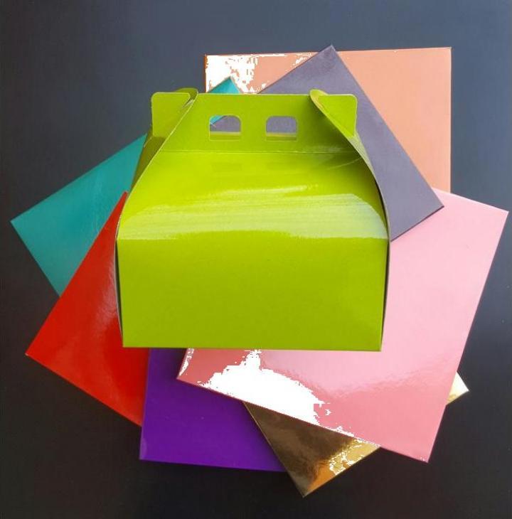Cutii colorate tort CT1 (25x25cm) 25 buc/set